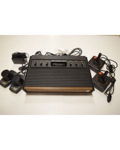 Atari 2600 Woodgrain 6-Switch Console Video Game System