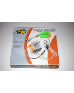sd531870341_dream_switch_rf_tv_adapter_switchbox_madcatz_sega_dreamcast_console_new_in_box_590009729.png