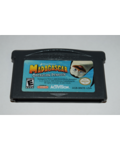 sd80587_madagascar_operation_penguin_nintendo_game_boy_advance_video_game_cart_589490127.png