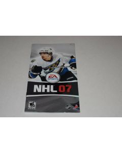 sd50135_nhl_07_sony_playstation_psp_video_game_manual_only.jpg