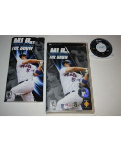 sd48189_mlb_07_the_show_sony_playstation_psp_video_game_complete.jpg