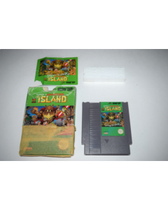 Adventure Island Nintendo NES Video Game Complete in Box