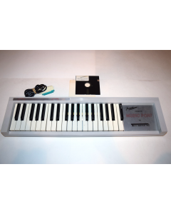 Music Port Synthesizer Keyboard Tech Sketch Commodore 64 Computer Complete Box